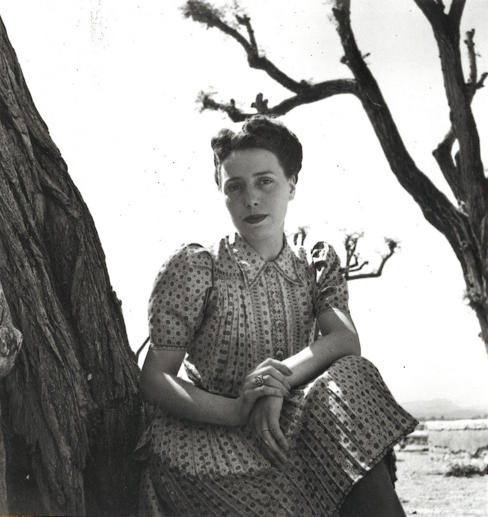 Madeleine Landy-Degon, c. 1940. Crédit Agricole S.A., Archives historiques.
